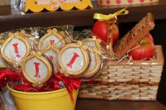 Snow White Party Favors via karaspartyideas.com #snow #white #princess #party #ideas