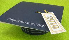 Free pattern and tutorial for Graduation Cap Card, last minute DIY homemade Graduation Card, high school graduation card, college graduation card, Congratulations Graduate!