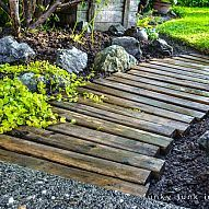 Amazing Pallet walkway- Such a cool idea!