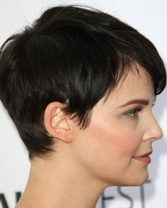 Popular Short Pixie Haircuts for Women with Round Faces