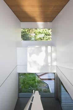 Gambier Island House by Mcfarlange Green Biggar