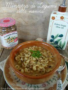 Grandmother's bean soup - Minestra di legumi della nonna