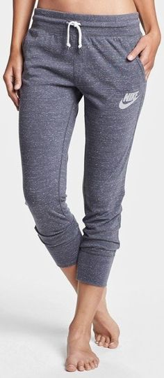 Comfy nike capri pant fashion style
