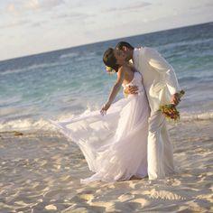 Occidental Grand Wedding Couple