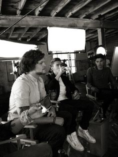 All on set for the new shoot of the new single