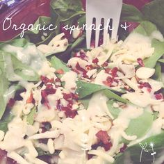 This organic spinach & chicken salad was delicious! chicken salads