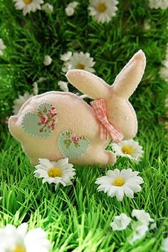 Felt Easter Bunnies