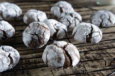 Galletas crinkles de chocolate.