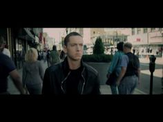 Music video by Eminem performing Not Afraid. (C) 2010 Aftermath Records  #VEVOCertified on September 11, 2010.http://www.vevo.com/certified http://www.youtube.com/vevocertified
