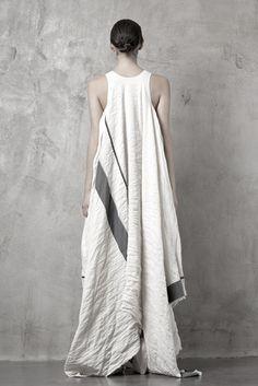 Uma Wang's F/W and S/S 2012 collections [via I'mrevolting]