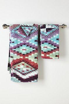 Akori Bath Towel