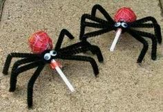 Easy craft/treat, and hey, I already have pipe cleaners!