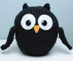 knitting projects, craft, knitting patterns, crochet owls, black owl, knitting tutorials, knit owl, knit patterns, owl patterns