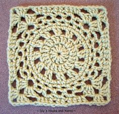 "Free crochet ""merry go round"" pattern crochet granny, craft, dlys hook, crochet motif, crochet squares, granni squar, granny squares, crochet patterns, yarn"