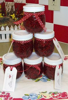 Zetta's Aprons: August is Here...Let's make Raspberry Jalapeno Jelly!