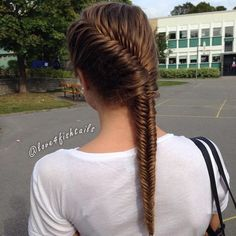 loose french fishtail