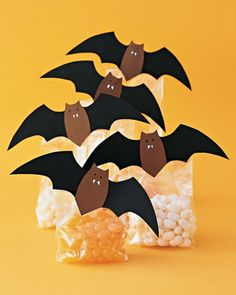 Batty Bags. More ideas in the new Halloween photo gallery on the Luscious website: http://mylusciouslife.com/halloween-ideas-decorations-pictures/