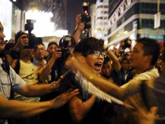 The photographer Moises Saman documented the assault on Hong Kong protesters on Friday. A look at his powerful photos: http://nyr.kr/1uHBoNA