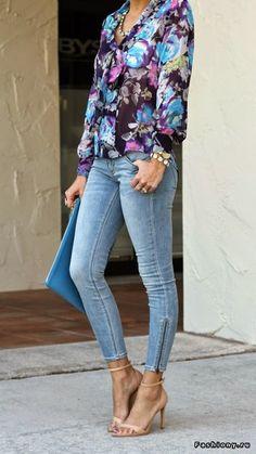 DENIMS: casual floral blouse #fashion #lethbridge #style #dress