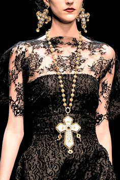 Dolce and Gabbana fall 2013. Love the detailing n the black textures proves to wear elegently.The Long concept of earings n necklace were right on, although with a different design.