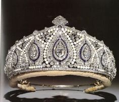 Princess Marie-Louise sapphire, pearl and diamond Indian Tiara from Cartier. Marie-Louise was a granddaughter of Queen Victoria, the 4th child of Princess Helena and Prince Christian of Schleswig-Holstein. She wore this tiara for the 1953 Coronation of the present Queen. Godmother to Prince Richard, the Duke of Gloucesters and the tiara is worn by the present Duchess
