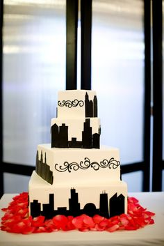 Sweet! Wedding cake decorated with the Chicago skyline!