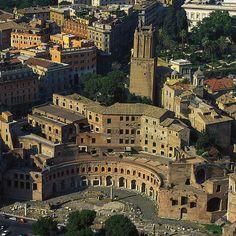 Aerial view of Markets of Trajan, Rome, Italy,  ca. 100–112 CE. histori, trajan, architecture of ancient rome, market, italia, rome italy, architectur ancient, apollodorus, roman architectur