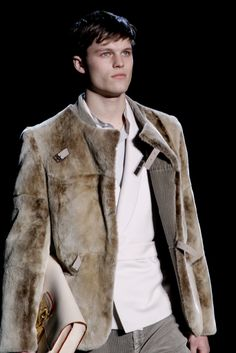 Louis Vuitton | Fall 2011 Menswear Collection | Style.com