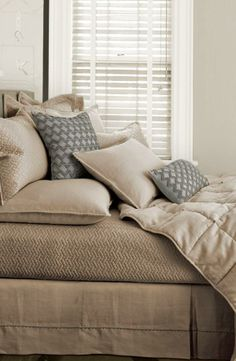 Love the delicate chevron tapestry on this bed collection.