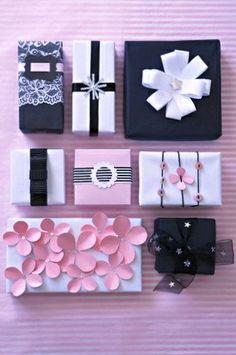#DIY #crafts #Valentine's Day #giftwrapping ideas ToniK ⓦⓡⓐⓟ ⓘⓣ ⓤⓟ www.sarie.com/woon/maak-dit-self/kersfees-dekor-selfmaak-sessie/