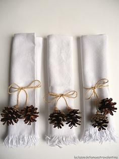 Christmas napkin rings / pine