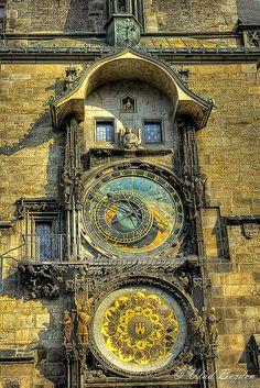 Prague | famous clock