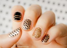 Polka dot nail art, for short nails. Read more at beautykafe.com
