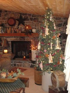 Nothing like Christmas in the country. primitive christmas, christma decor, rustic style, country christmas, christmas decorating ideas, sweet home, primit christma, stone fireplaces, christmas trees