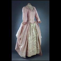 Polonaise Gown, 1770-1785, British, Colonial Williamsburg Acc. No. 1983-233
