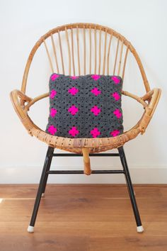 Grey granny square cushion with neon pink by PieceOfaCookie, €25.00