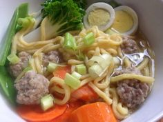 How to Cook Chicken Noodle Soup with Pork Bola-Bola Meatballs on http://asianinamericamag.com