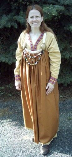 A #Viking 'apron' dress pleated front closed tube apron dress, based on a #Danish find