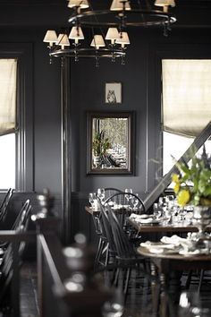 Wayfare Tavern, San Francisco, love the black