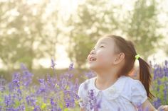 Sensory gardens are outdoor spaces designed to stimulate the senses and increase awareness of the body. Why they are so important for physically and cognitively disabled kids (and their able bodied peers).
