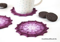The Ombre coasters are great if you're looking for a project with a high instant-gratification factor! Find the free crochet pattern on haakmaarraak.nl!