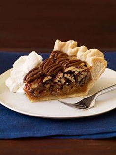 Simply Pecan Pie #thanksgiving #holiday #desserts