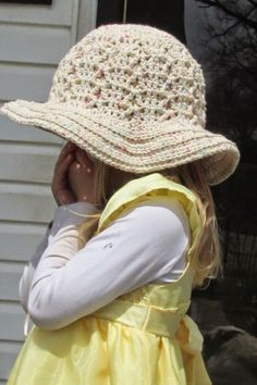 Grammy Dirlam: Shades of Spring Gorgeous textured Sun Hat