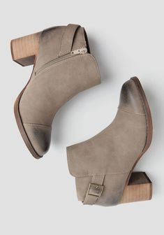 Country Ankle Boots By Restricted