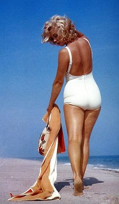 Marilyn Monroe...size 12...and every mans fantasy...what happened to us girls and why are we so obsessed with skinny!? Let's be healthy and curvy, like women are supposed to be!