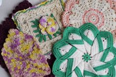 vintage pot holders vintage hand crafted crochet kitchen pot holders set of 4 vintage linens retro kitchen wares