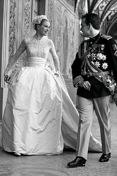 Today in 1956 – Actress Grace Kelly marries Prince Rainier of Monaco.