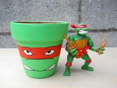 ninja turtle party decorations, birthday parti, ninja turtle bday, bucket, ninja turtle decorations, ninja turtle table, paint, ninja turtles, birthday ideas