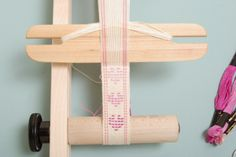 Weft inlay hearts with step-by-step directions from the Schacht Spindle Co. blog.