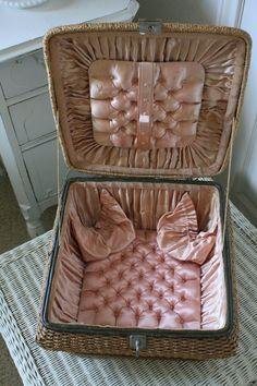 Vintage Sewing Basket Pink Silk Lining 1940s Germany
